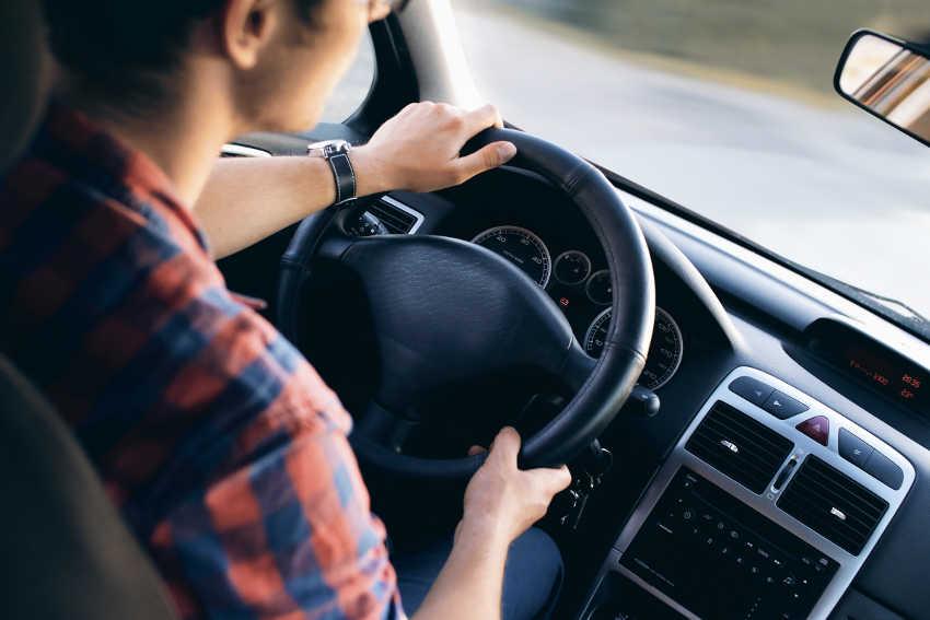 adult-automotive-blur-13861_pexels_850